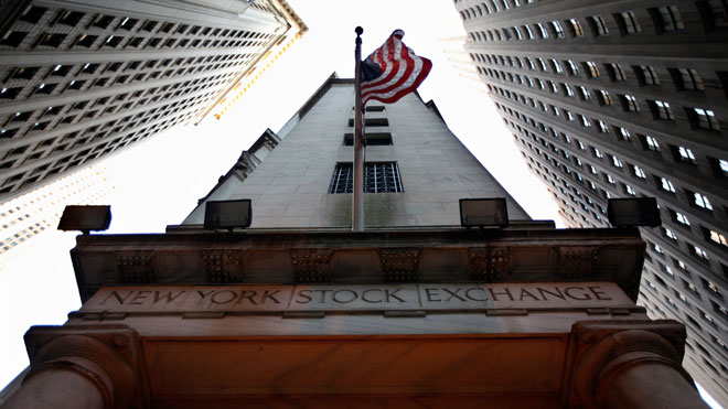 NYSE Building w Flag