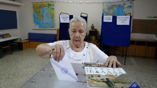 Greek Woman Votes in June 17 Elections