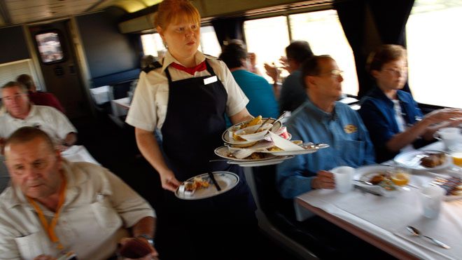 Amtrak, Amtrak food and beverage car
