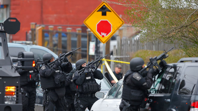 Boston Police, SWAT, police officers, boston manhunt
