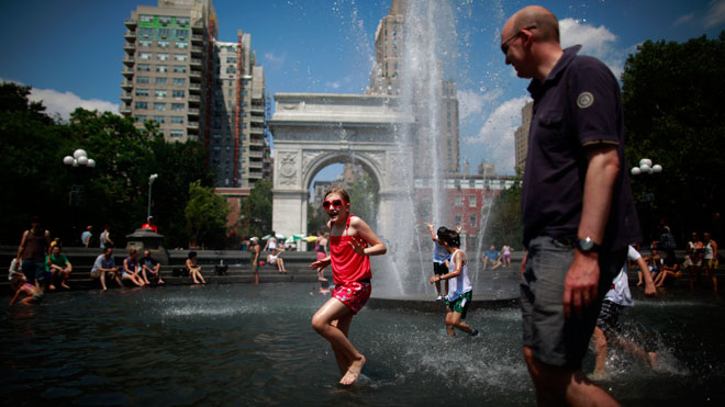 NYC, Washington Square Park, summer