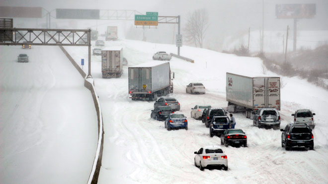 snow, traffic, traffic accident, bad weather, winter, winter weather
