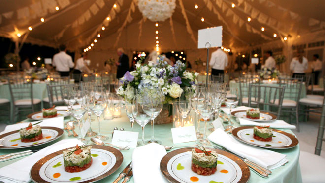 Wedding Venues What You Need For A Large Wedding: What Is Wedding Insurance? Do You Need It?